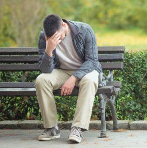 Жалеет ли он о расставании - гадание онлайн